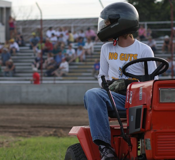 08/07/2009 FAIR NIGHT, Jayhusker Racing Series and Lawn Mower Racing